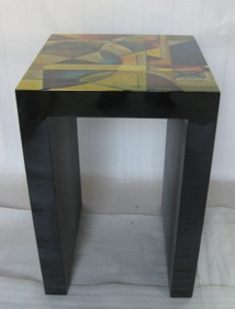 LACQUER TABLE